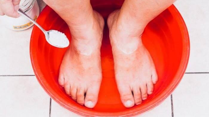 homemade detox foot soak