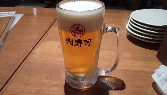 肉寿司の生ビール