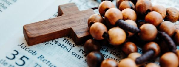Why You Need the Rosary This Lent