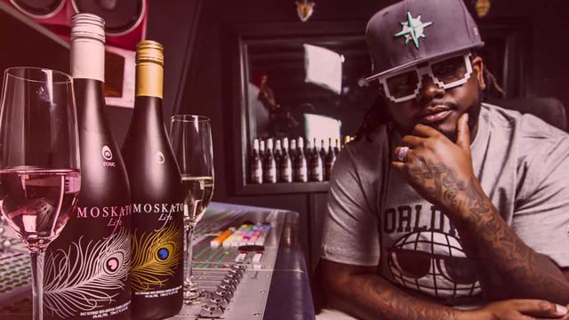 t-pain-with-Moascato-Life
