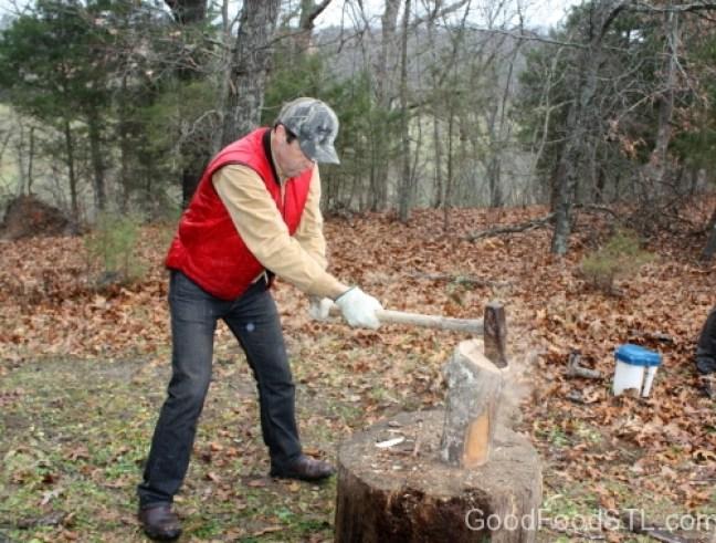 Spitting wood