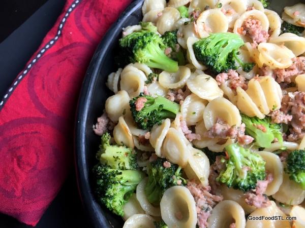 Pasta sausage brocolli