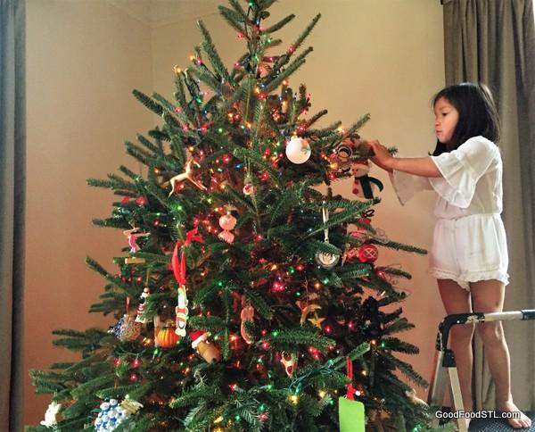 coco trimming christmas tree 2016