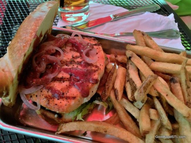 Das Bevo salmon sandwich