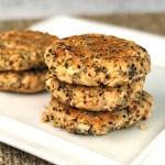 Salmon quinoa burgers - header