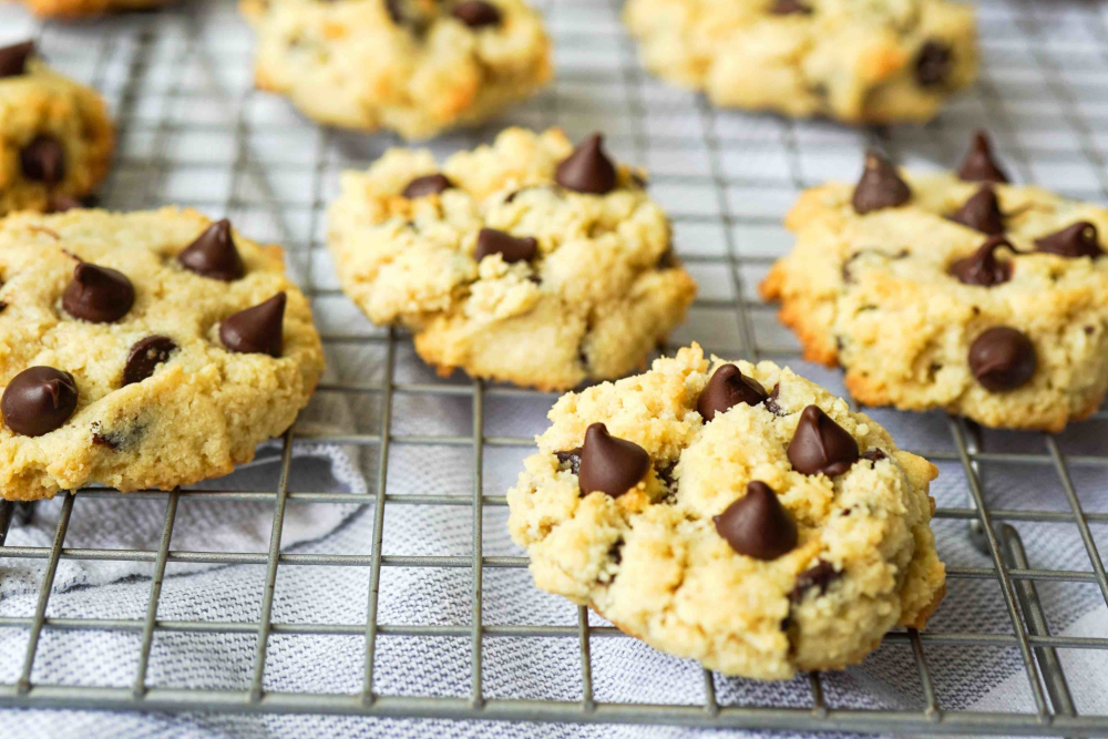 Chocolate chip cookies made with almond flour - header