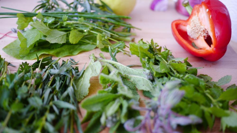 Naturally gluten-free foods: Fresh Herbs