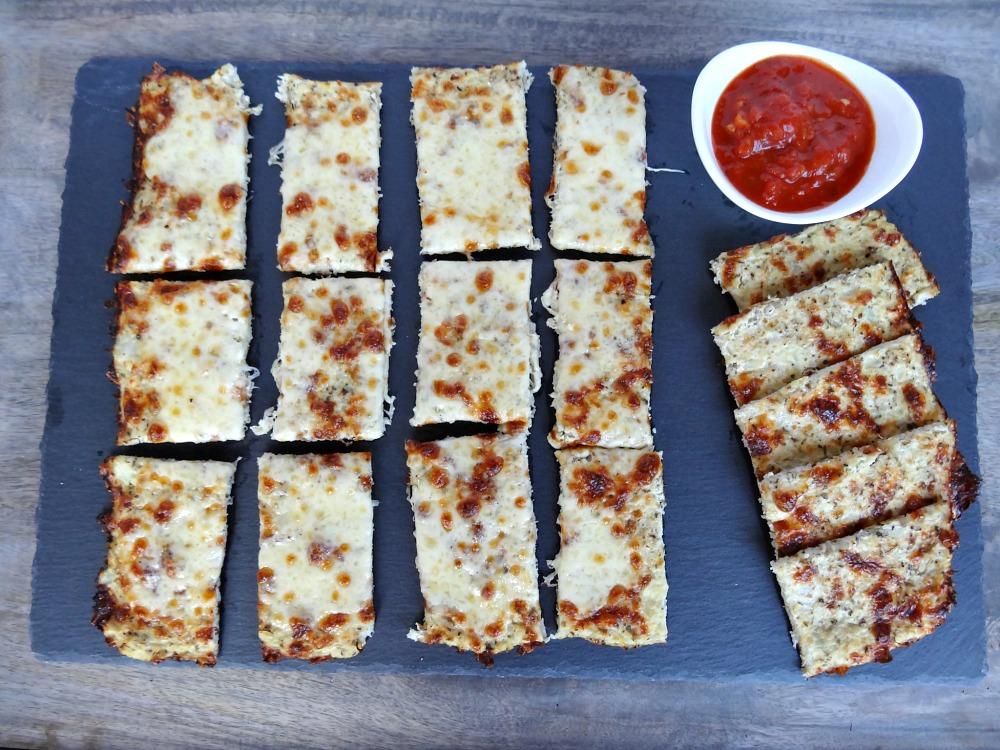 gluten-free-cauliflower-breadsticks-1