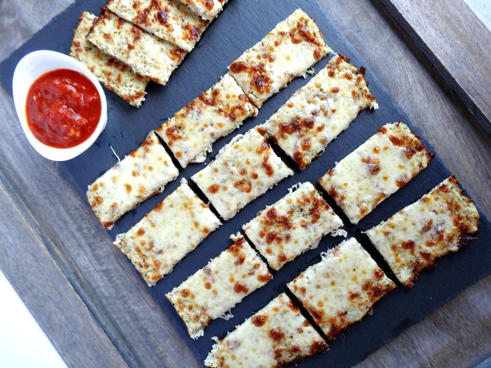 gluten-free-cauliflower-breadsticks-3
