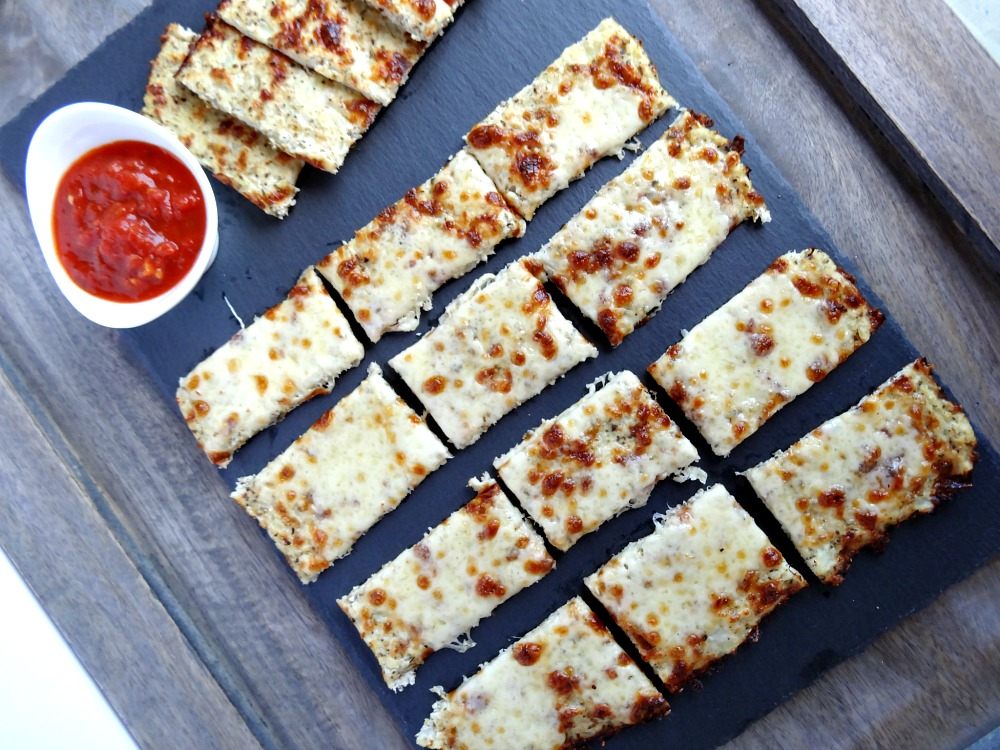 gluten-free-cauliflower-breadsticks-3