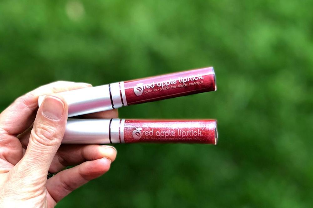 Red Apple Lipstick Header 2