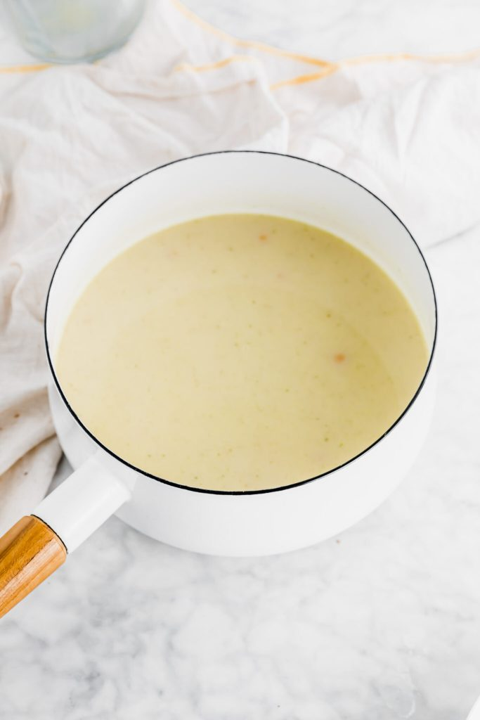 Creating a dairy free creamy roux for chicken pot pie