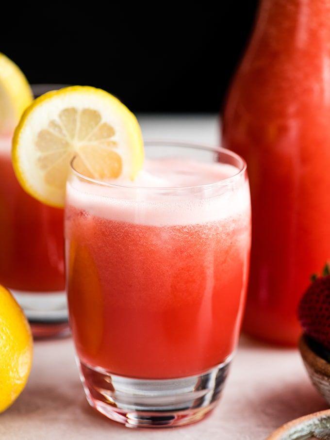 Homemade strawberry lemonade by Joy Food Sunshine