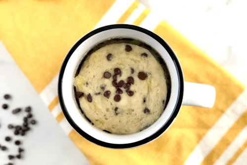 Banana mug cake header with visible chocolate chips
