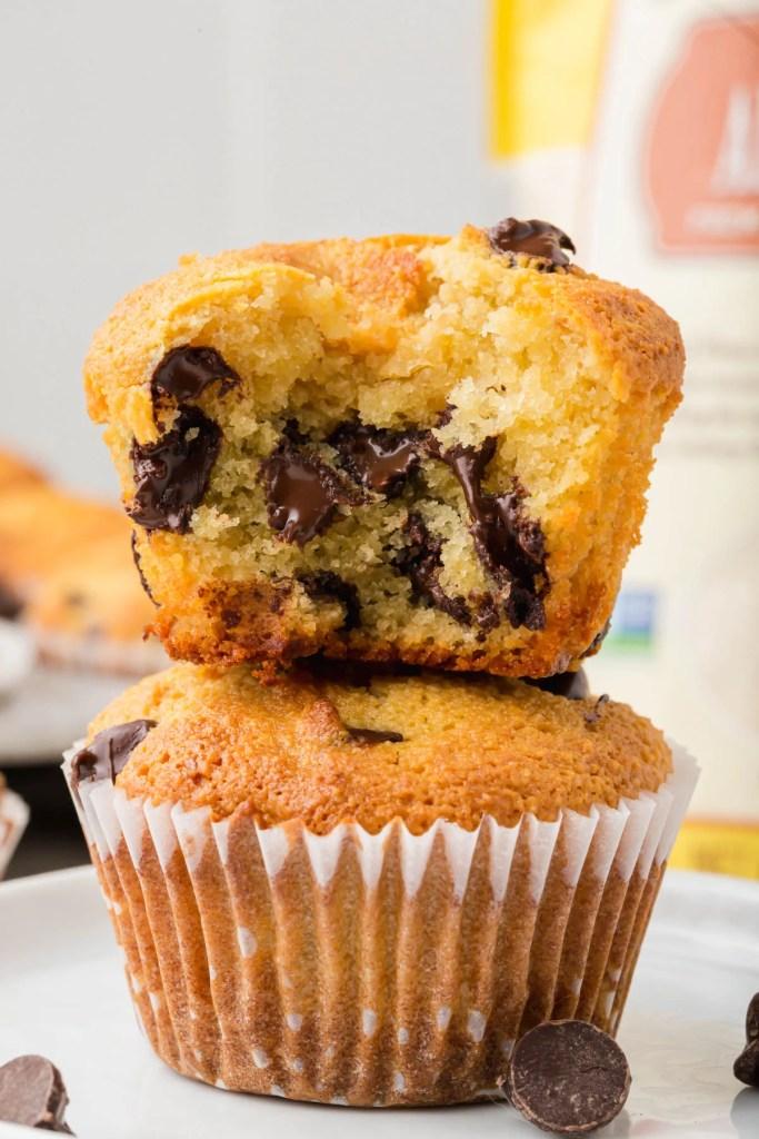 almond flour chocolate chip muffins 1