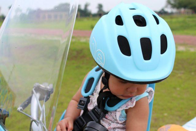 kinderfietshelm van Bobike-GoodGirlsCompany-fietshelm in de zomer