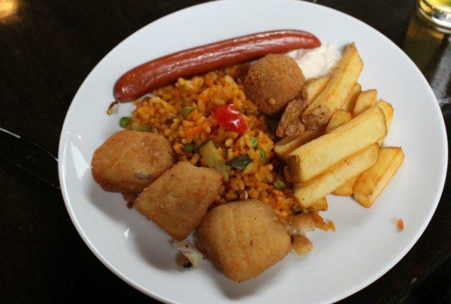 Food-Deep Ocean Monsters VLOG-GoodGirlsCompany-Burgers Zoo musical