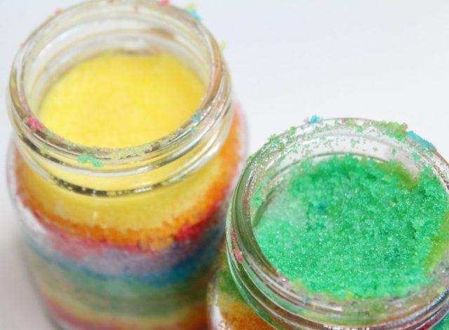 Regenboog Sugar Scrub-GoodGirlsCompany-gekleurde suiker