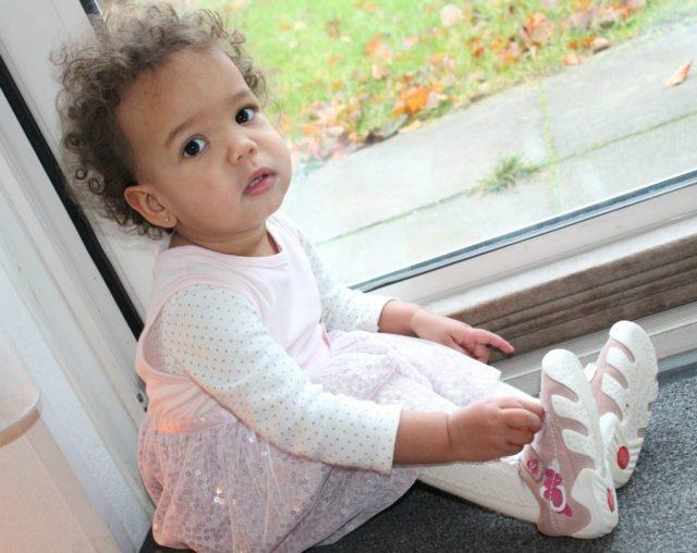 Kerstkleding-van-Zeeman-babys-GoodGirlsCompany-feetkleding-voor-meisjes