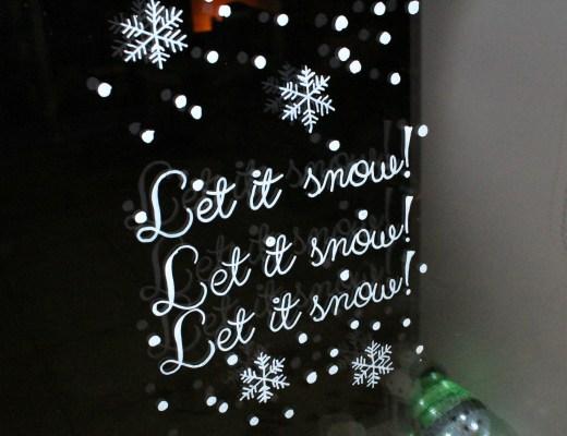 Maak-een-kerst-raamtekening-met-krijtstift-GoodGirlsCompany