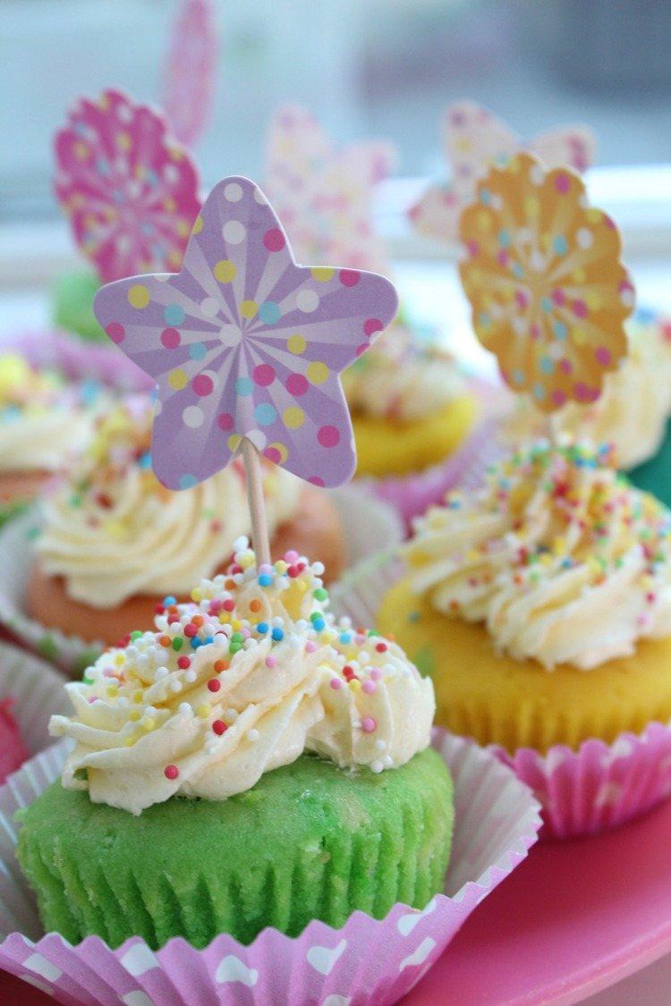 Eenhoorn cupcakes zo maak je ze makkelijk en snel for Decoratie cupcakes