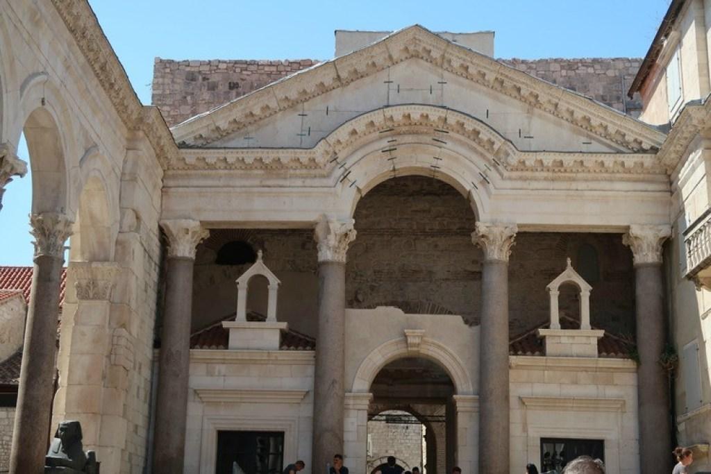 Paleis van Diocletianus-GoodGirlsCompany