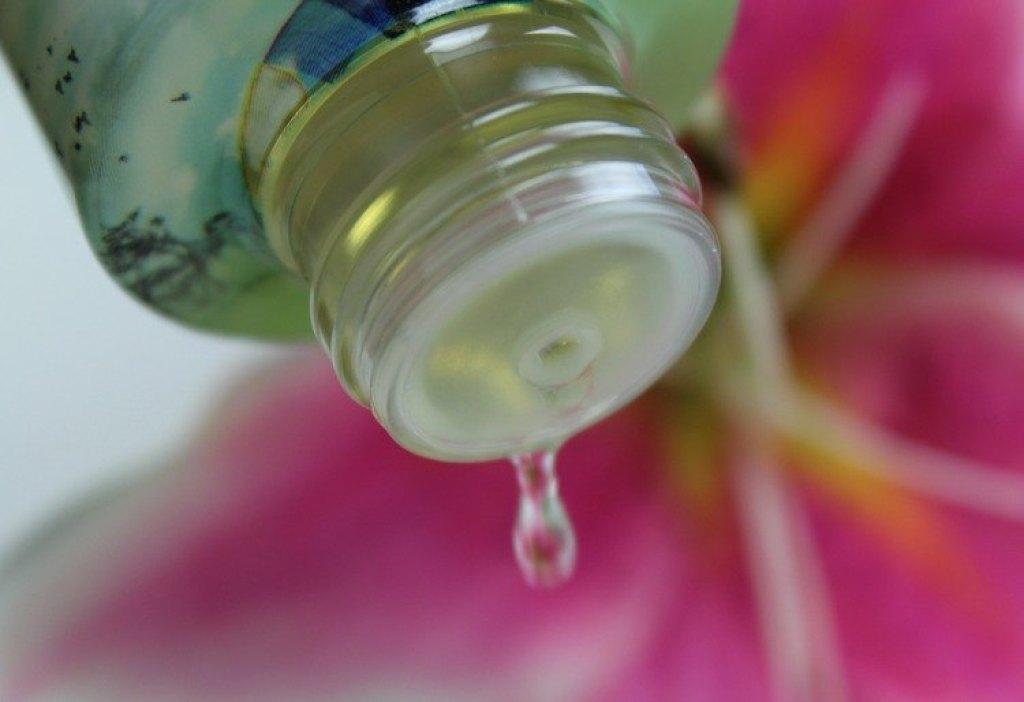Treatments Mahayana -body oil- Bhutan-GoodGirlsCompany