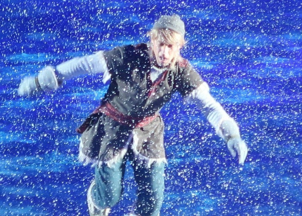 Kristoff-Disney-on-Ice-Frozen-GoodGirlsCompany