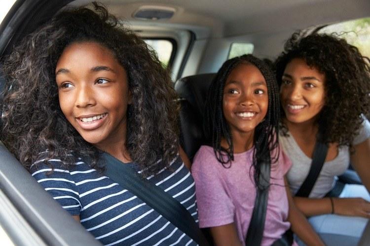 Kind met de auto naar school brengen, verworven recht?