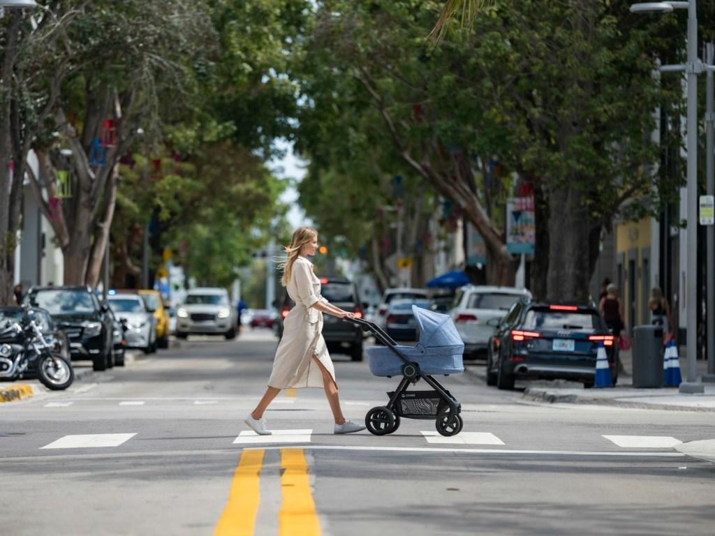 Urban-kinderwagens-compacte-kinderwagen-voor-in-de-stad.