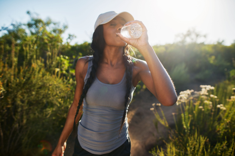 voordelen-van-meer-water-drinken-themillennialmom