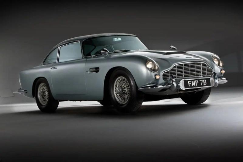 Aston-Martin-DB51