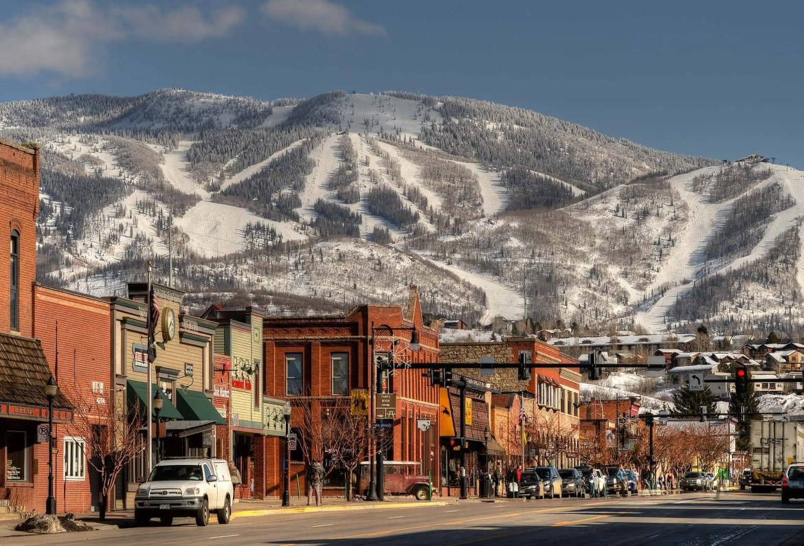 steamboat_town