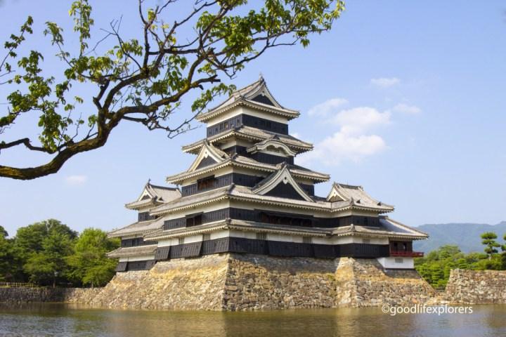 Matsumoto Castle Outside Sideview