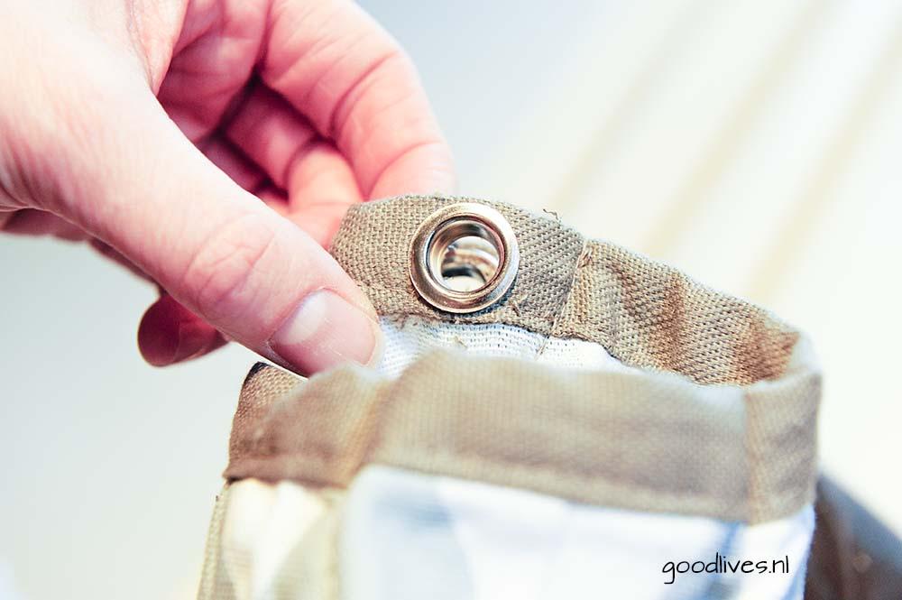 DIY Tipi achterkant zichtbaar waarbij eerste deel ring door gat, Goodlives.nl