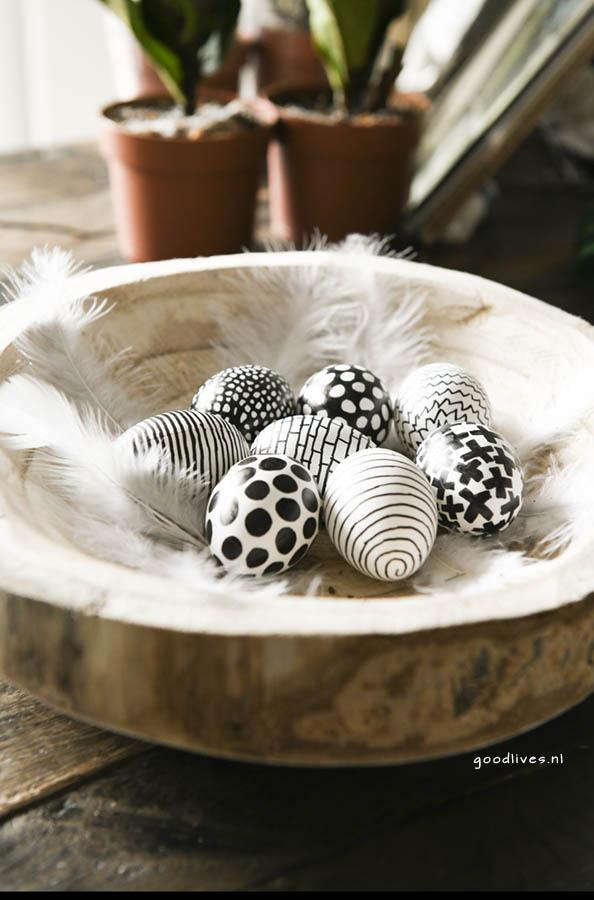 Kleuren paas eieren in zwart wit, pasen 2018 Goodlives