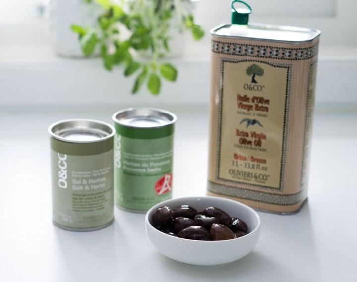 Eltefrie rundstykker med oliven og urtemix