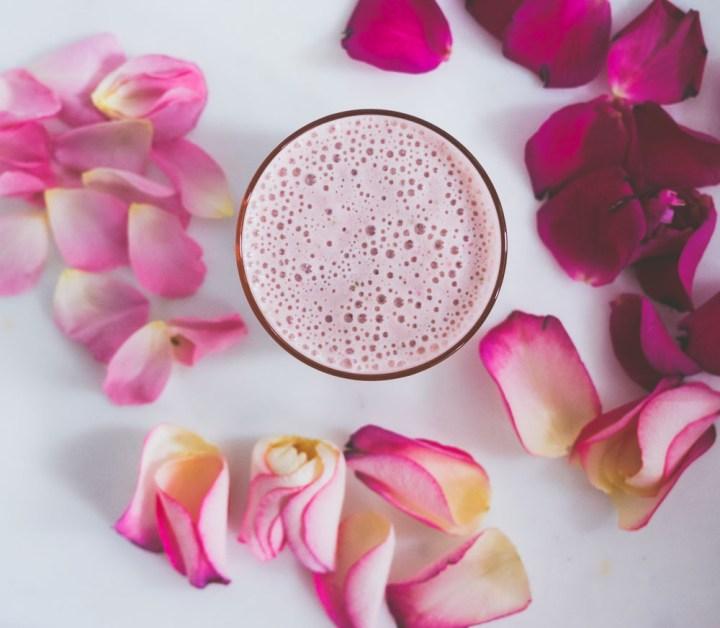 jordbærsmoothie med proteinpulver