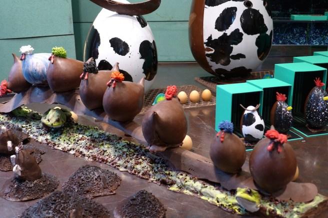Patrick Roger Paris-hens and eggs