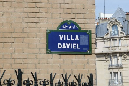 Entrance of the Villa Daviel - Butte aux Cailles