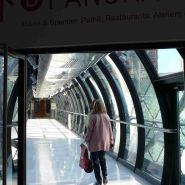 Beaugrenelle Paris-on the footbridge