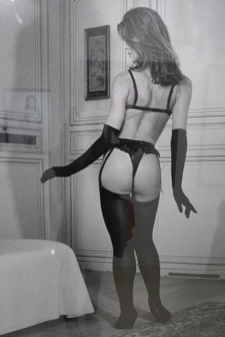 Bettina Rheims-MEP-Paris-room3-Kim Harlow de dos