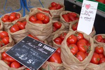 Marche-Saxe-Breteuil-Paris-More tomatoes