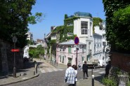 Montmartre - Rue des Saules and rue de l'Abreuvoir