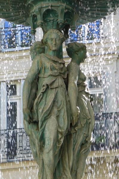 Fountains Paris-cite trevise-03