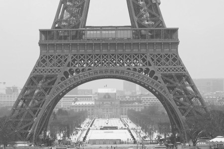Snow in the Champ de Mars - Eiffel Tower - Paris - February 2018