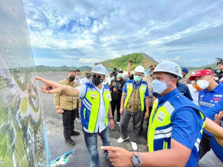 Ketua MPR Bambang Soesatyo meninjau kondisi lintasan Sirkuit Mandalika