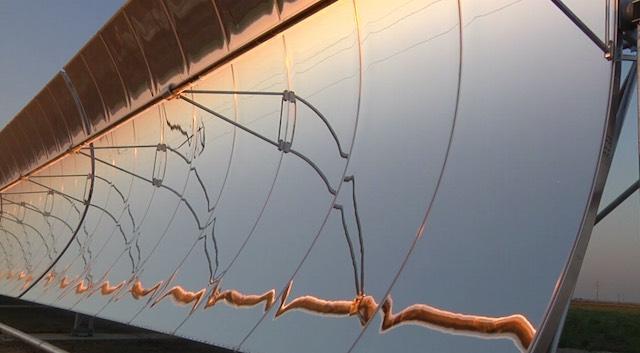 WATER-FX-YouTube-solar-array-640px.jpg