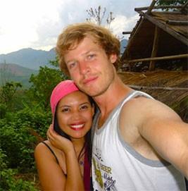 Kach Mu and Jonathan Howe