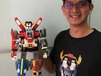LEGO adopts Leandro Tayag's design for Voltron